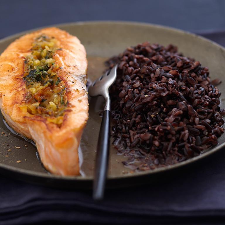 Saumon écossais Label Rouge farci à la coriandre, riz Vénéré