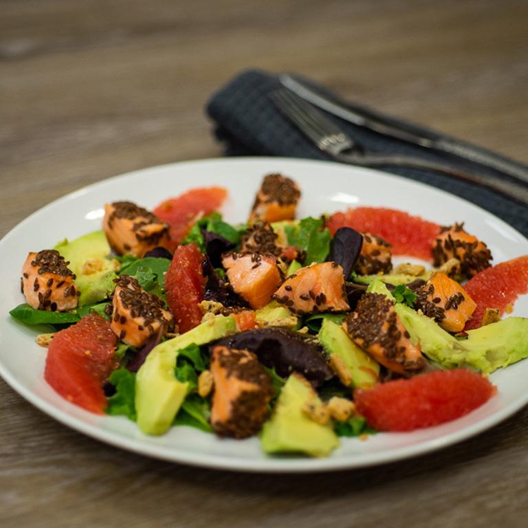 Salade de saumon aux graines de lin